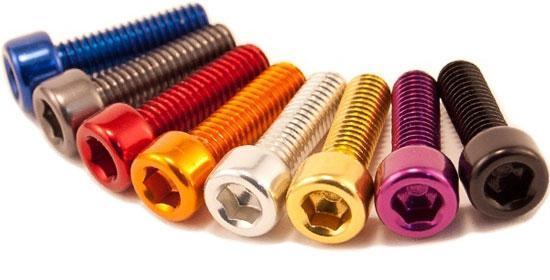 پیچ آلن din 912 در رنگهای مختلف